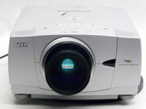 SANYO XP 55 PROJECTOR