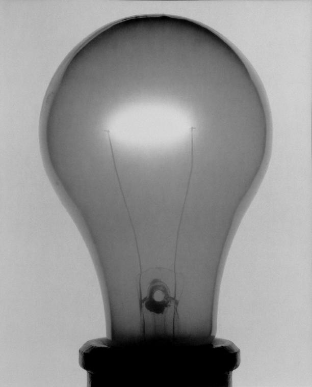 Light Bulb 30 (CP)