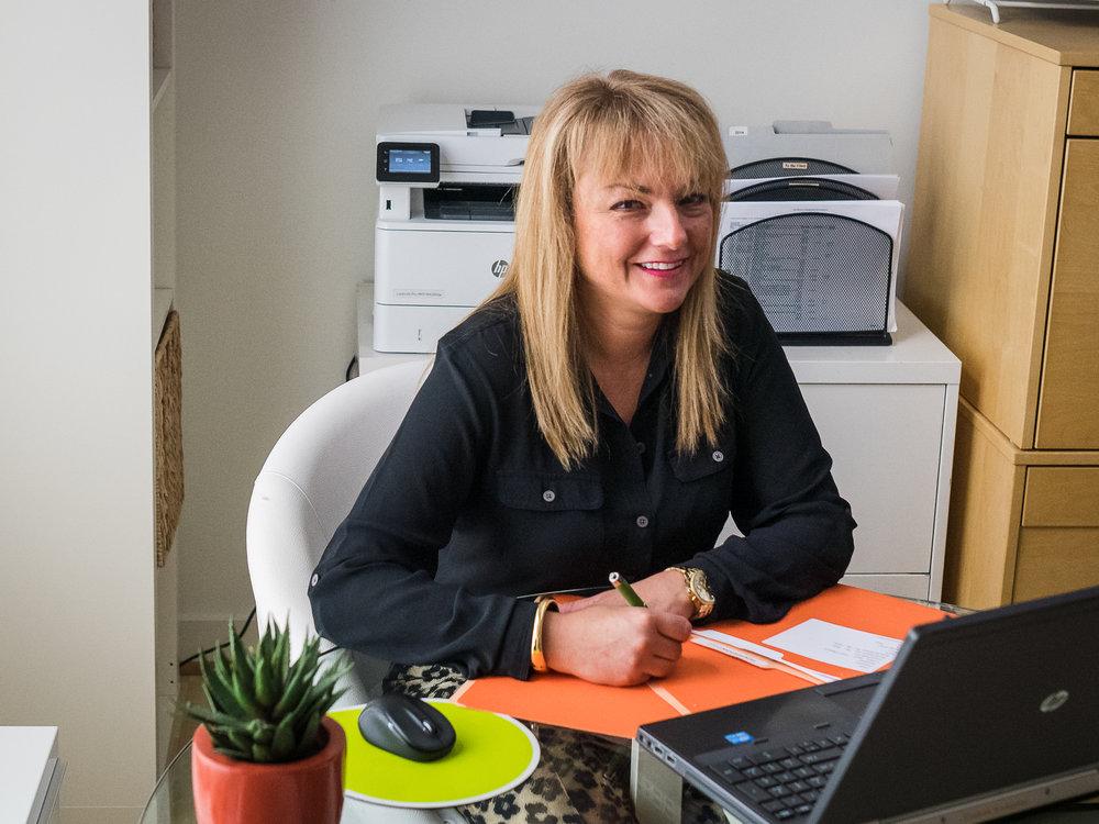 Mellinda Abbott , Accountant & Pepperlane member