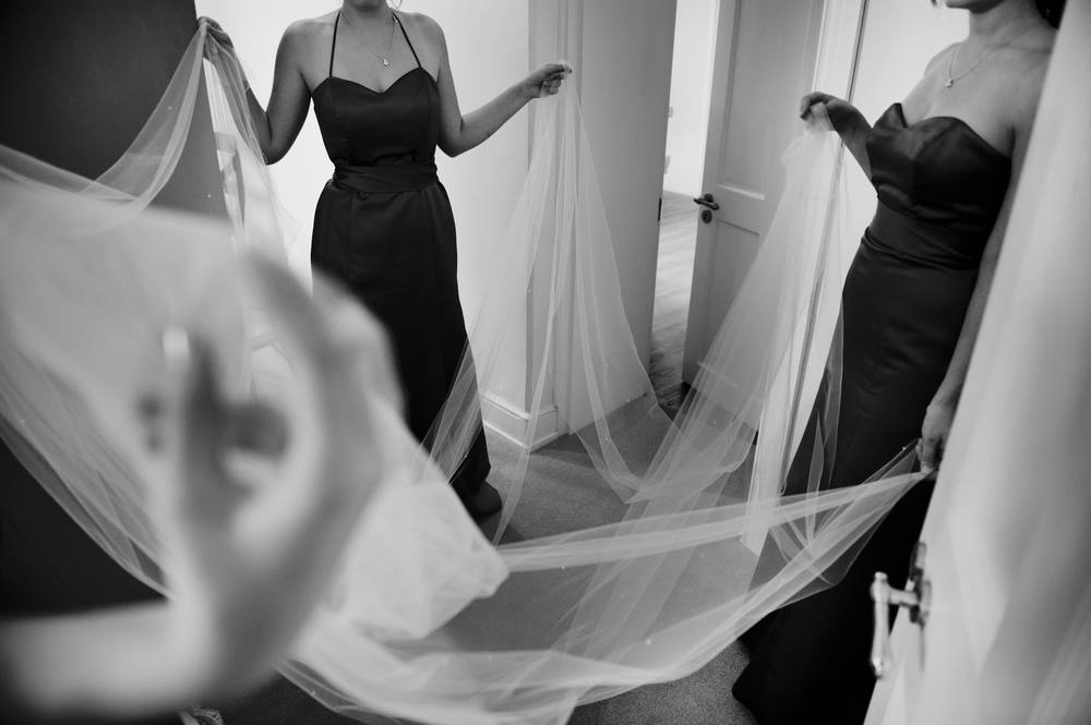 5 | Bridesmaids | Bridal Veil | Wedding Photography | Jean Pierre Uys Photography | Lamare London.jpg