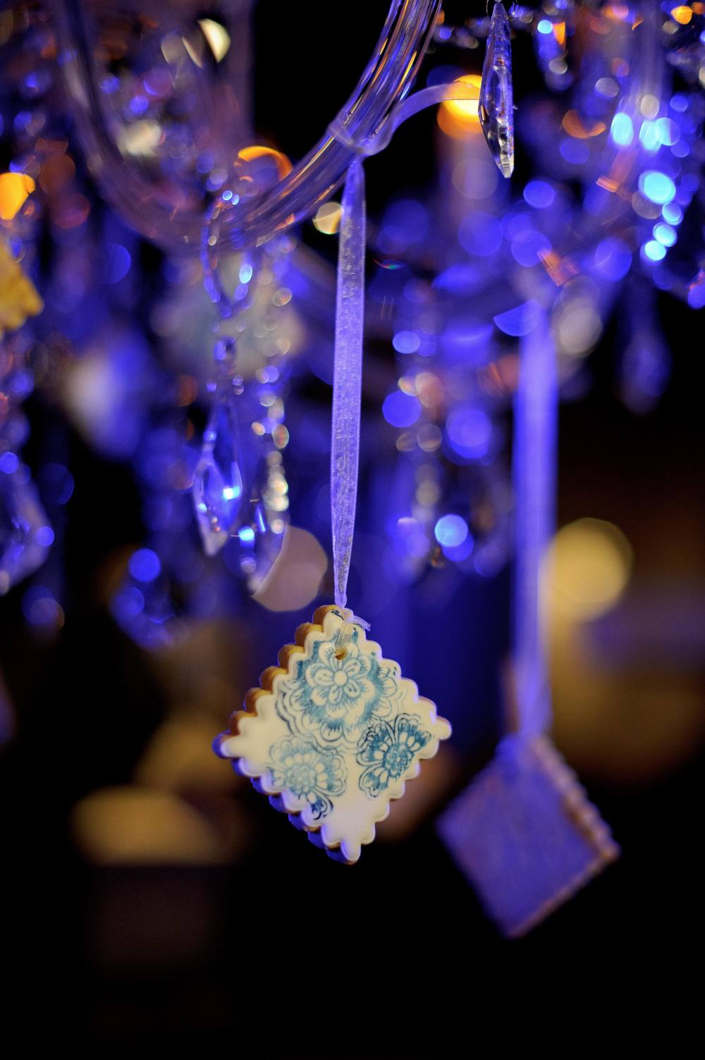 24 | Wedding Reception | Biscuit | Cookie | Chandelier | Wedding Photography | Jean Pierre Uys Photography | Lamare London.jpg