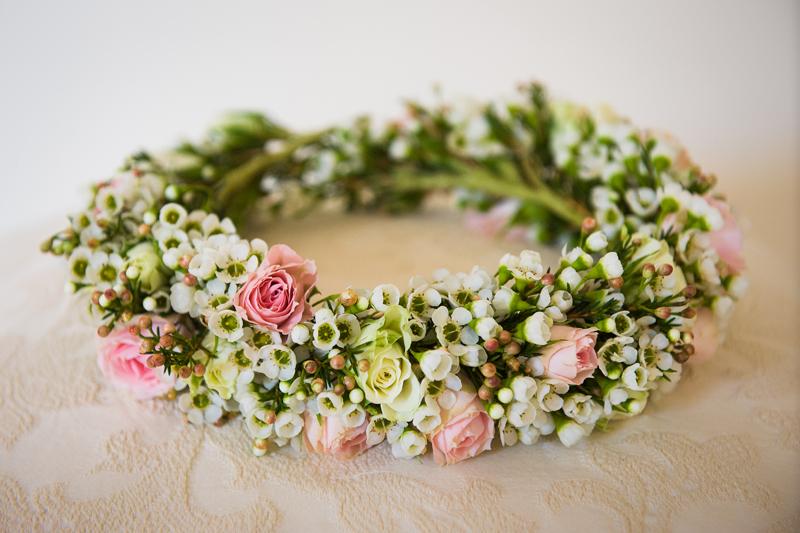 5 | Wedding Flowers | Flower girl | Headband | Wedding Photography | Pippa Mackenzie | Zouch & Lamare.jpg