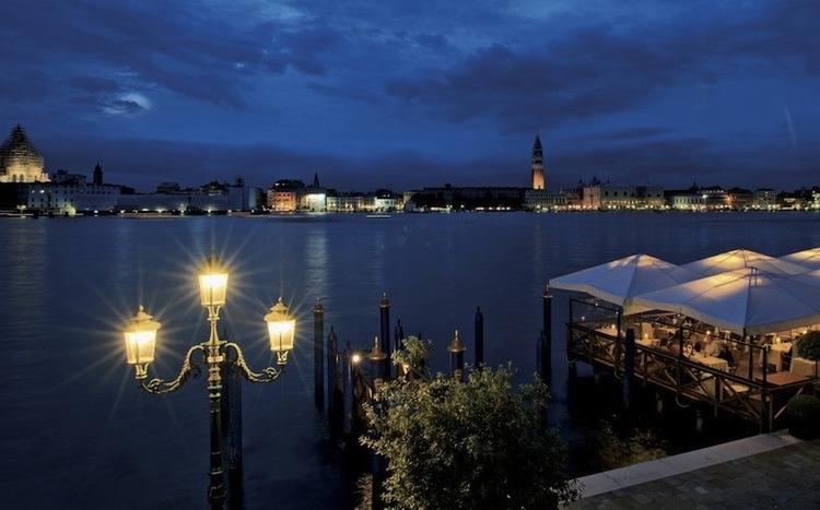 1a-Hotel-Cipriani-Italy-Honeymoon-Wedding-Blog-Lamare-London.jpg
