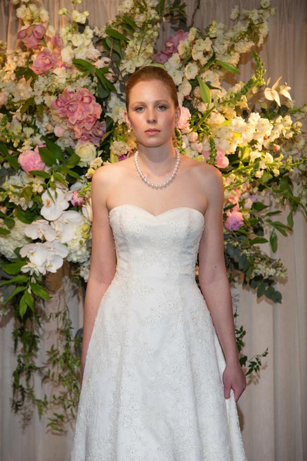11-You-Belong-To-Me-Stewart-Parvin-Wedding-Dress-Lamare-London.png