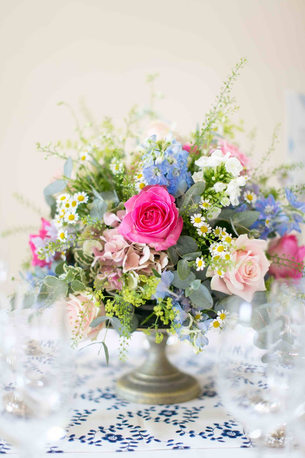 Flower centrepiece | Luxury Wedding Planner | Lamare London