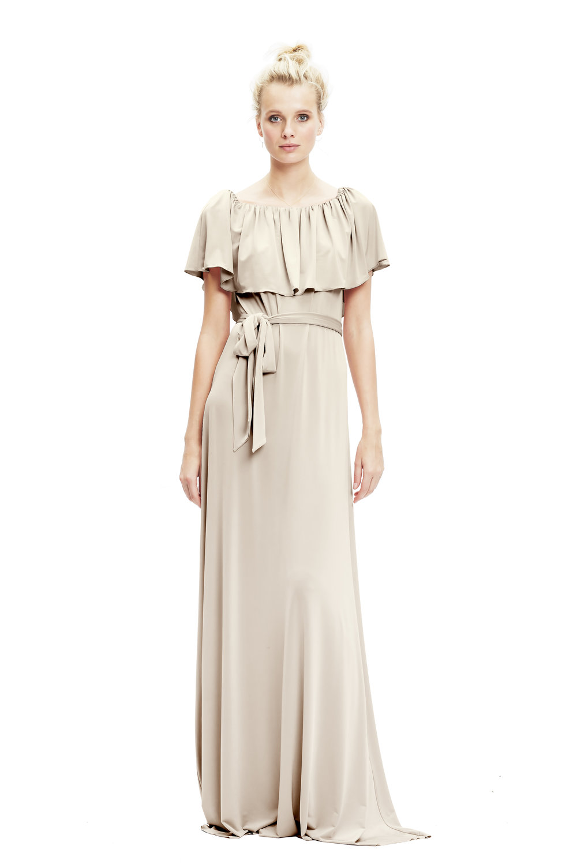 oyster-twobirds-bridesmaid-Maya-jersey-dress-on-shoulder | Lamare London | Luxury Wedding Planner London.jpg