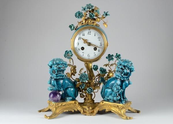 Chinoiserie Gilded Bronze Dog Clock