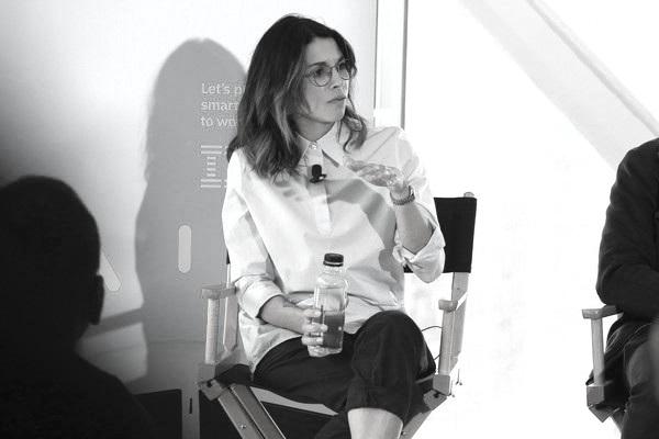 Jessica+Brillhart+Tribeca+Talks+Future+Film+juW90FdHNr7l.jpg