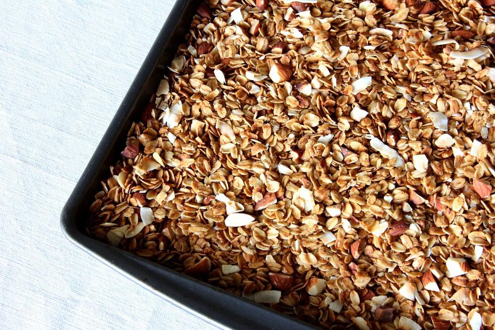 mXm-coconut-almond-granola