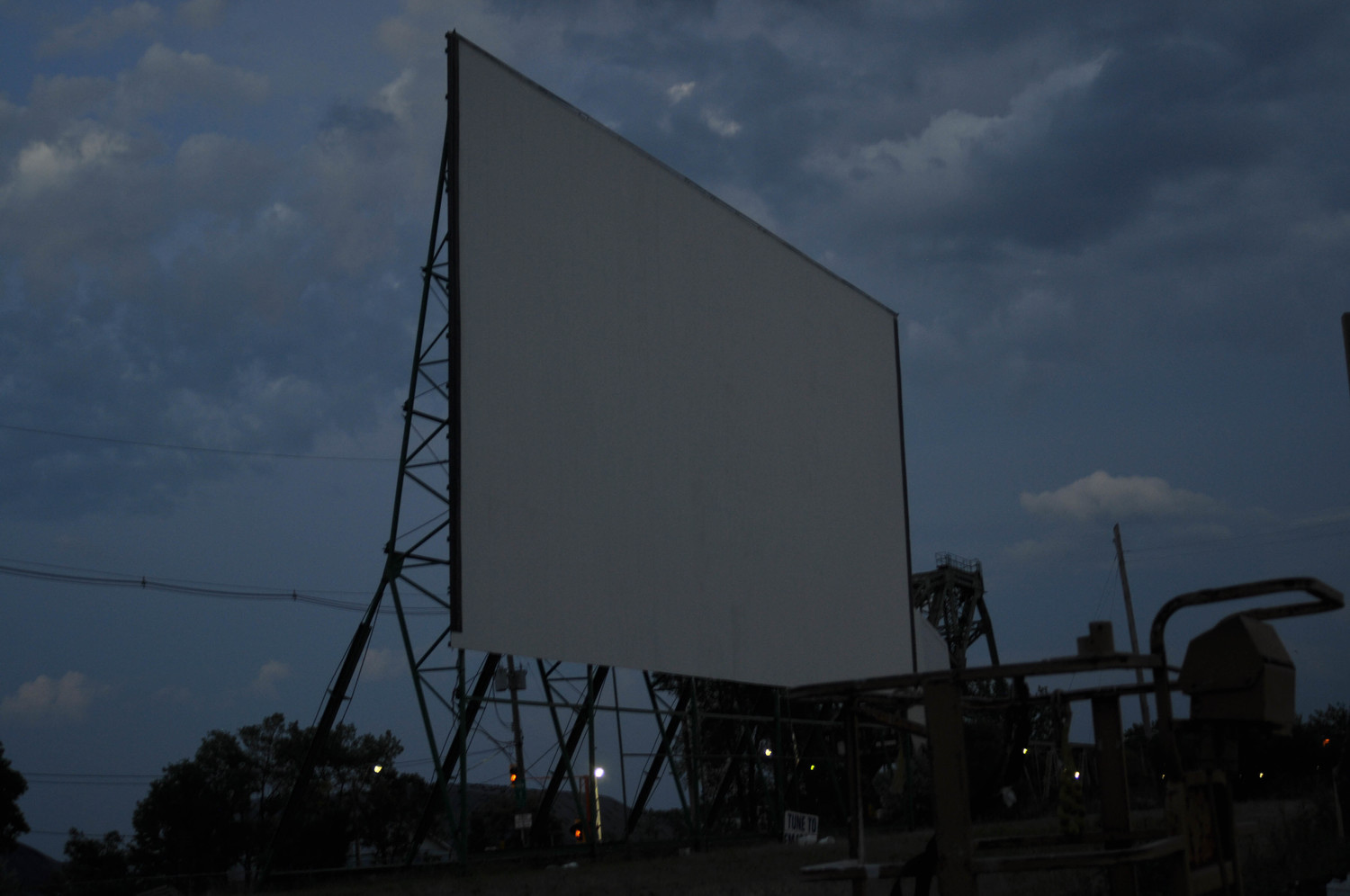 drive in movies the docks