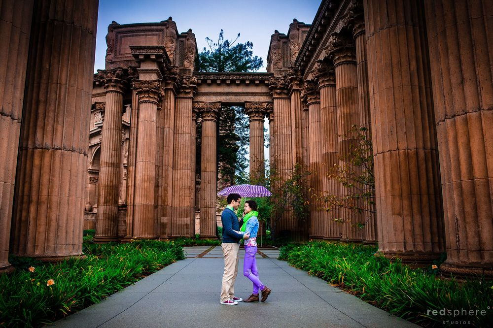 Couple Engagement, Umbrella Picture at Palace of Fine Arts