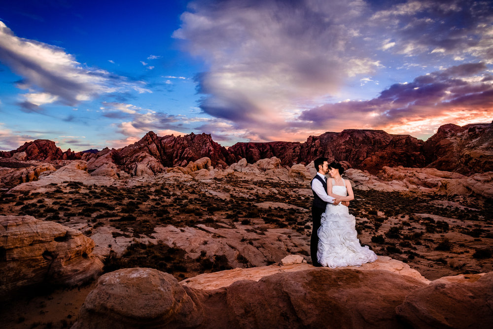 Samantha & Kenney's Wedding Session Valley of Fire, NV