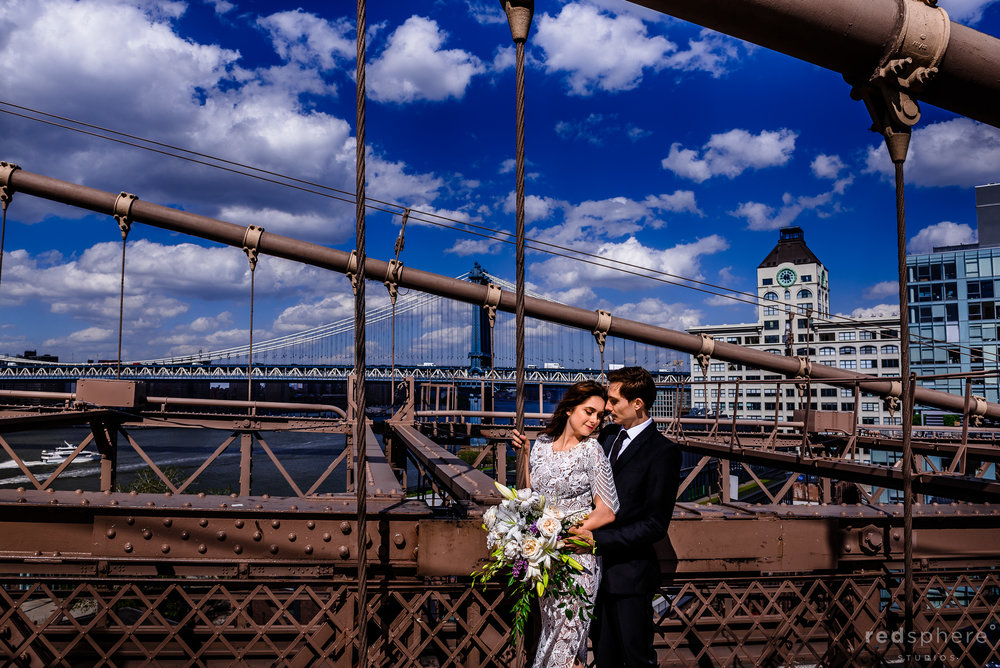 Brooklyn Bridge Wedding Photos in New York (NYC)