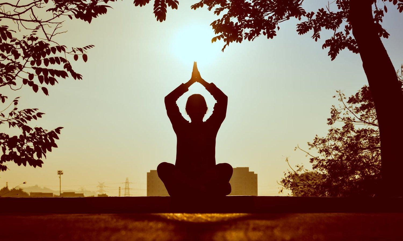 Bhastrika Pranayama: An Energy Boost With Bellows Breath