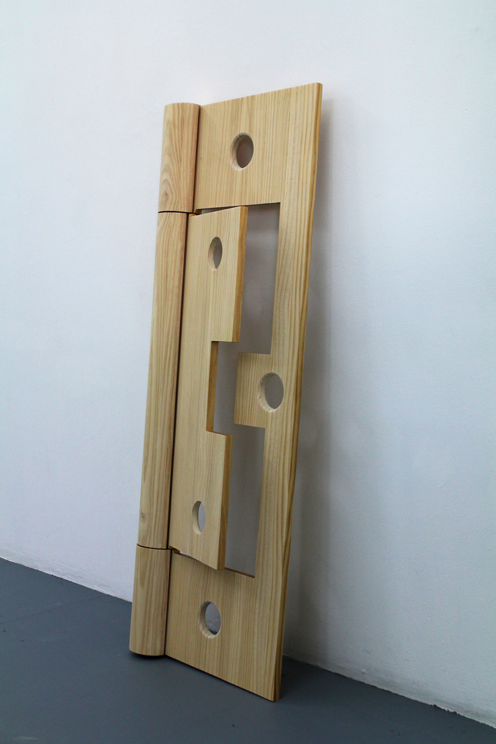 Chris Bond, Field, (Wooden Cypher, hinge), 2015, polyurethane, pine, 140 x 51 x 11 cm