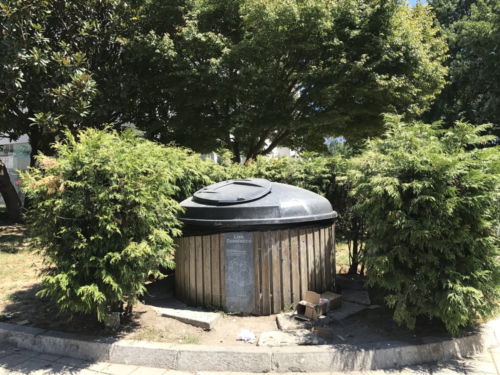 ecoponto-waste.jpg
