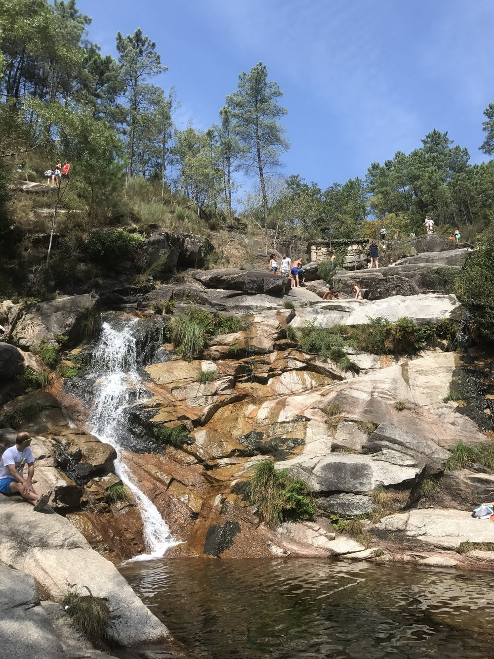 ria-agoda-waterfall.jpg