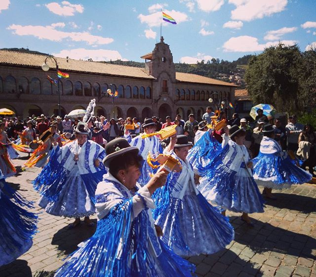 Cusco's Inti Raymi or Festival of the Sun, so colourful and vibrant, it was a pleasure to sit in the sun and enjoy. 💃☀🍉✌ • • • #thetravelheads #cusco #peru #intiraymi #festivalofthesun #machupicchu #travel #explore #adventure #bucketlist #perutrek #wanderlust #trek #incatrail #perutrek  Photo Credit • @thetravelheads