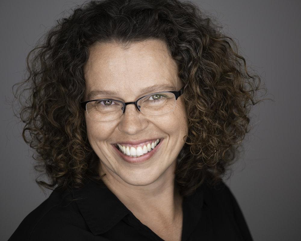 Anneke Toomey - Premier Milwaukee Headshots