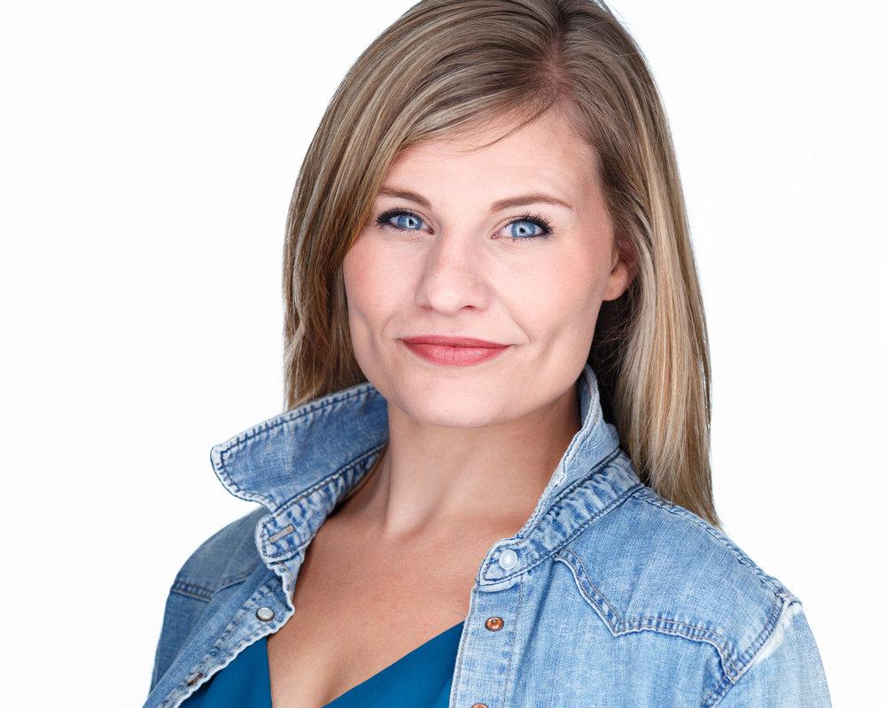 Bethany Bray - Fort Collins headshots - Premier milwaukee Headshots