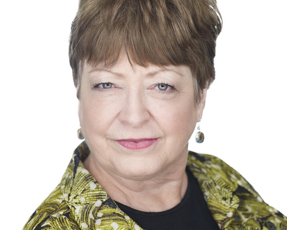 Lori Munholland Springhaus Premier Headshots.jpg