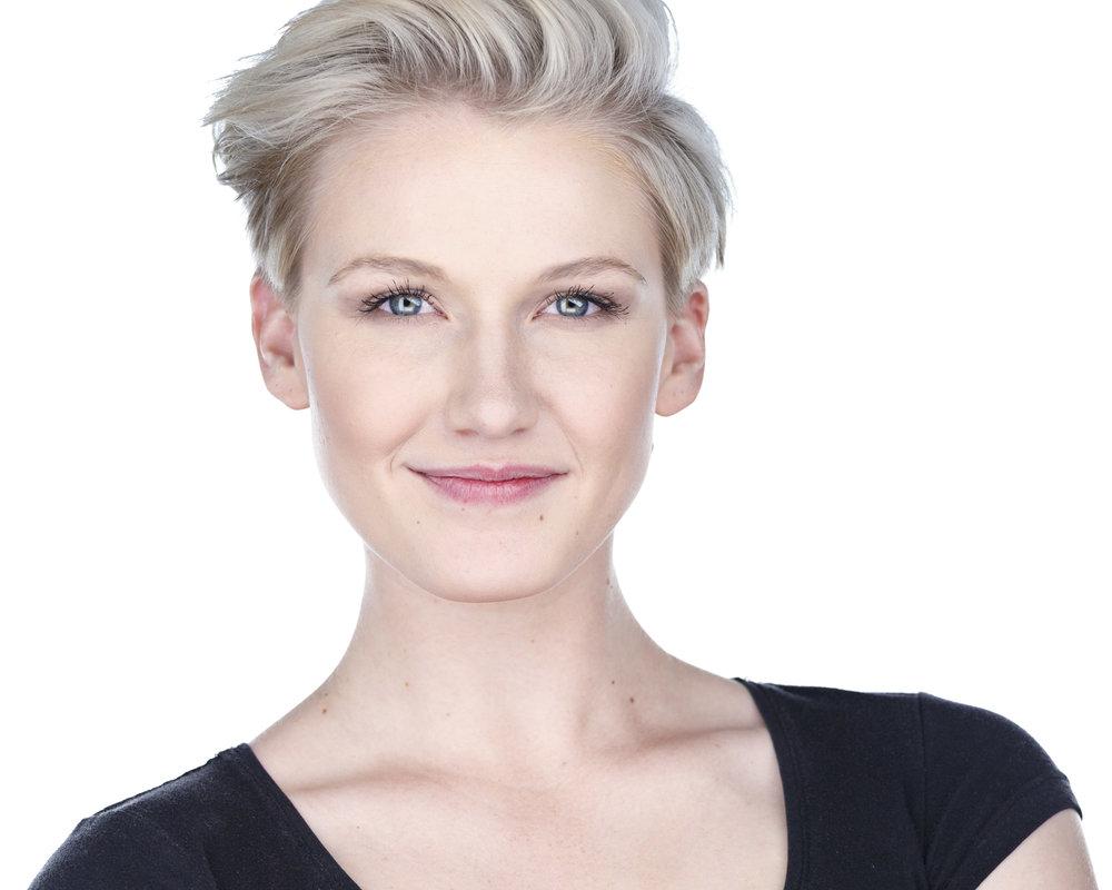 Sofie Carlson - Premier Milwaukee Headshots