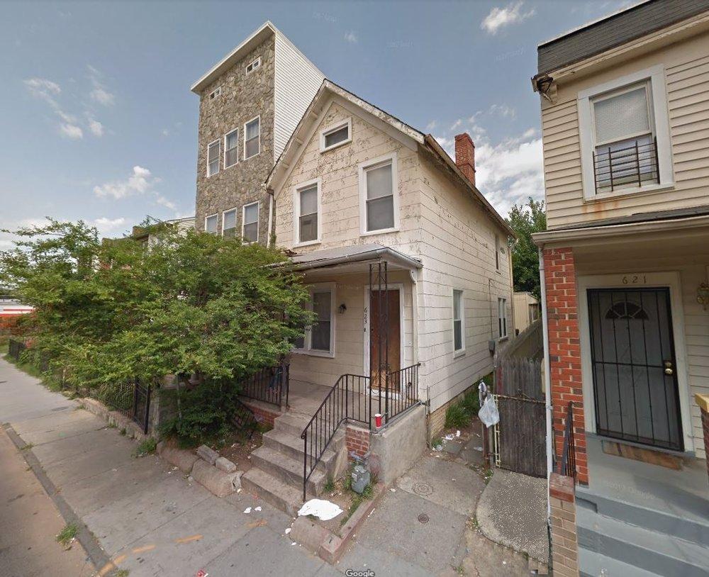 623 NEWTON STREET.JPG