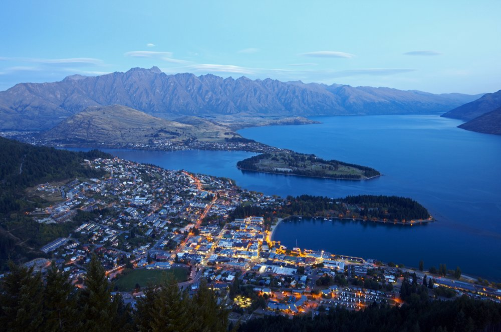 Queenstown-summer-aerial-view-at-dusk (2).jpg