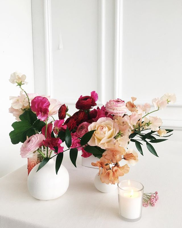 💐 Sweet peas for your sweetie 💐 There's still time to preorder Valentine's Day flowers; shop online via the link in profile.