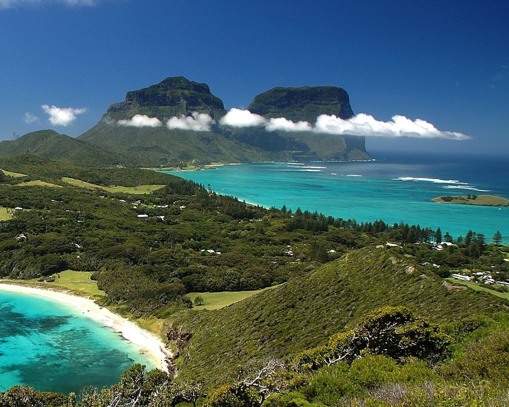 THE ART OF TRAVEL - LORD HOWE ISLAND WITH DEBBIE MACKINNON   (August 8 - 15, 2019)     Lord Howe Island, NSW, Australia   With sculpted mountain peaks rising dramatically from crystal clear turquoise waters, Lord Howe Island is considered one of the most beautiful places on earth. Join artist Debbie Mackinnon in this lush natural paradise, for an 8-day Art Workshop Retreat.    Read More