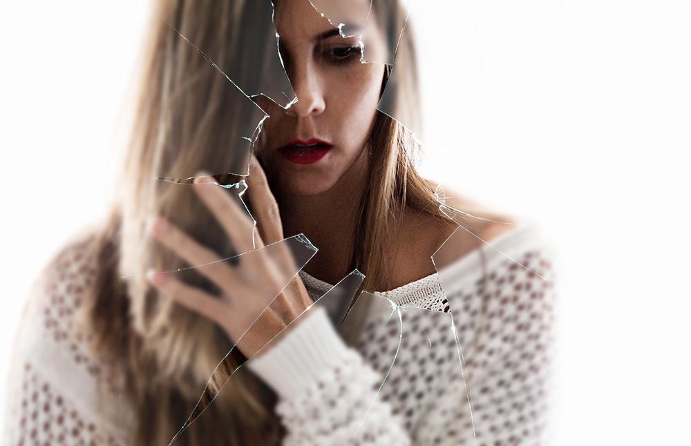 IMG_6190-1_E-shattered-sm.jpg