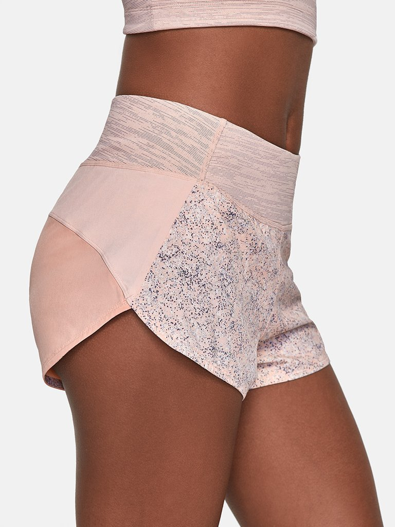 4-detail-Tri_Tone_Hudson_Shorts_Pebbled_Rose_W700224_REC_PBR_0053_V1_1024x1024.jpg