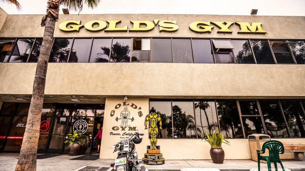 GOLD's GYM -