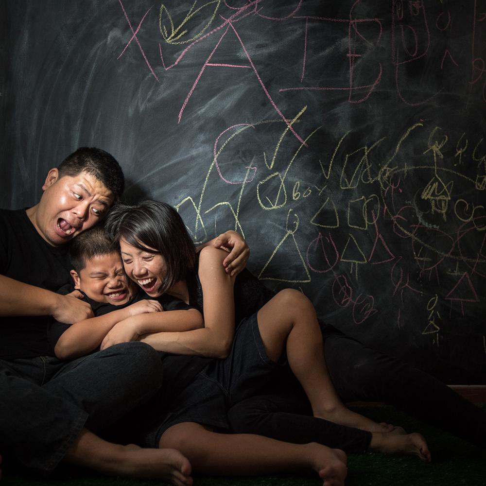 family-portrait-bob-LEE-08