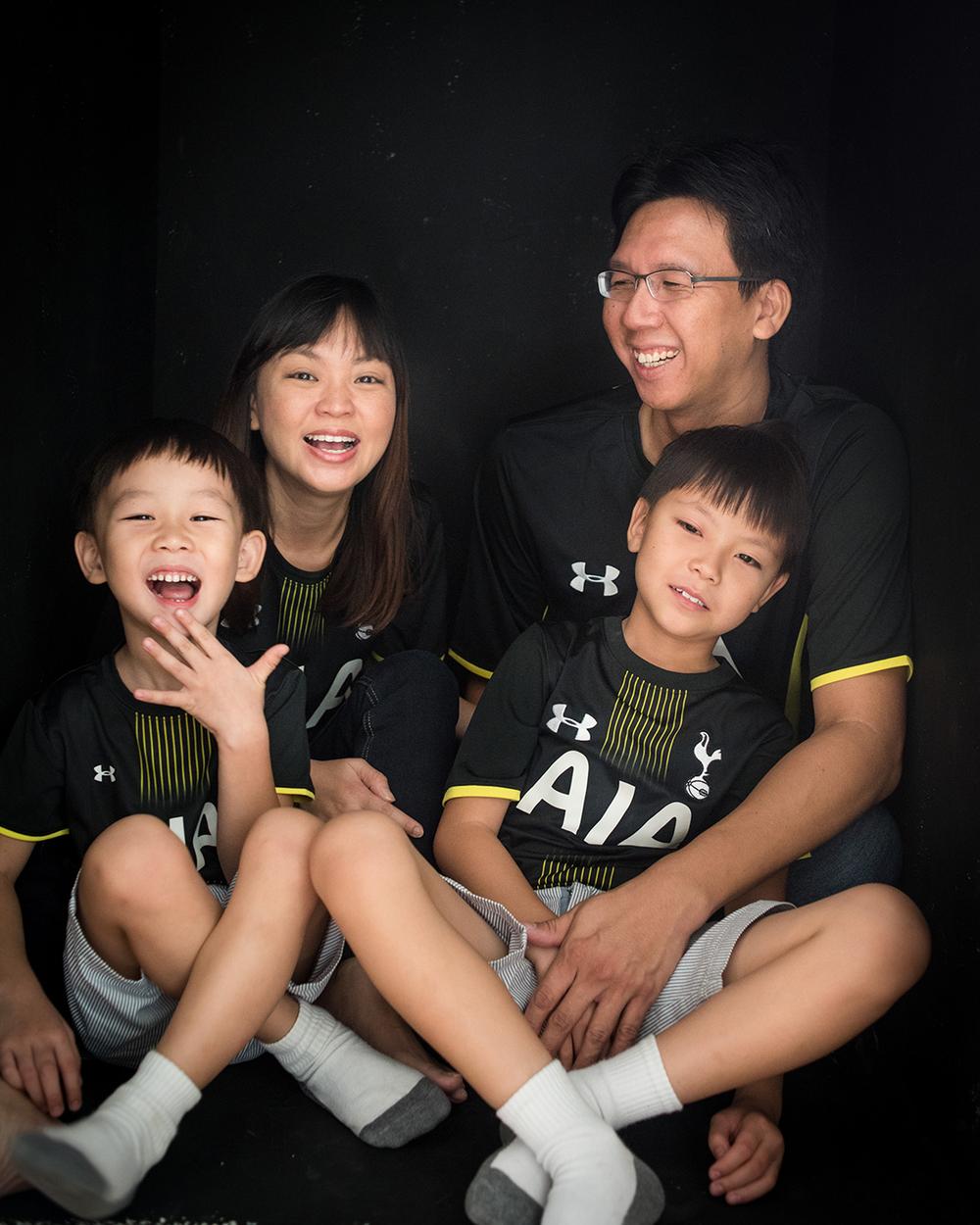 singapore-family-spurs-01