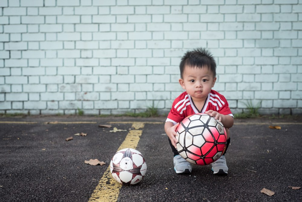 football-themed-family-shoot-02