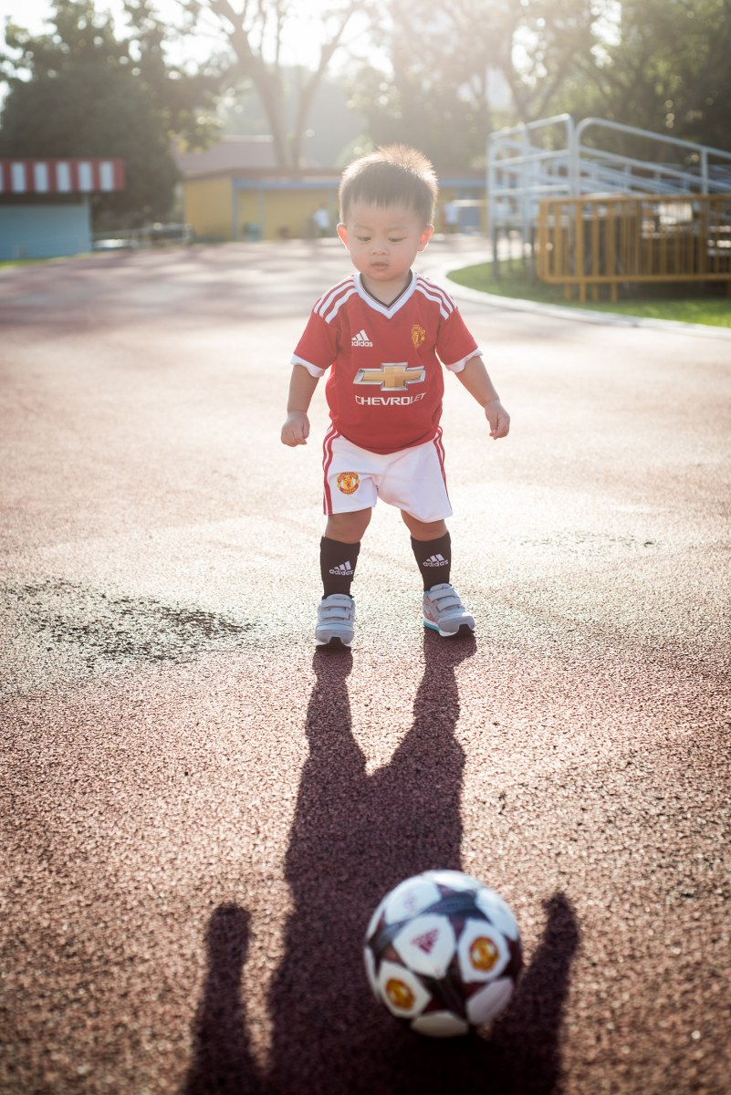 football-themed-family-shoot-07