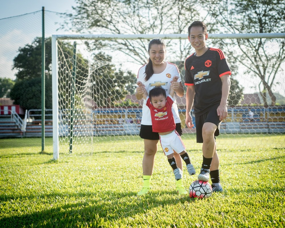 football-themed-family-shoot-10