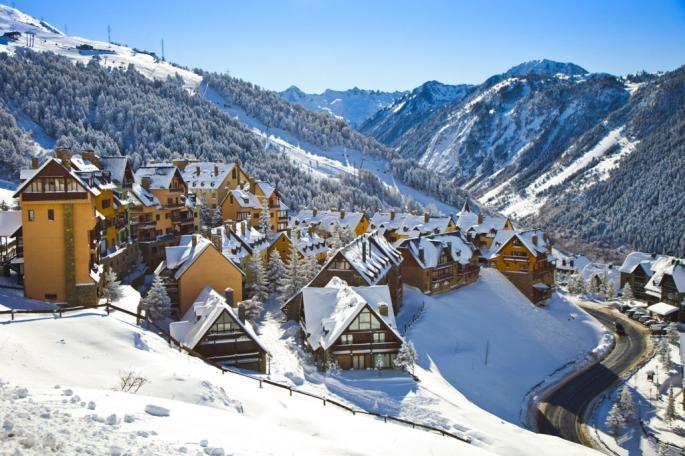 Calizumos Winter Retreat 2019 - Andorra - Marzo 2019En Marzo, la familia de Calizumos disfrutó un fin de semana de diversión, relajación y re-energización en la hermosa estación de esquí de Grandvalira en Andorra! Disfrutemos un fin de semana inolvidable con grandes personas, buena conversación, comida rica y deporte.Estén atentos para obtener mas información sobre nuestra próxima Calizumos Retreat.