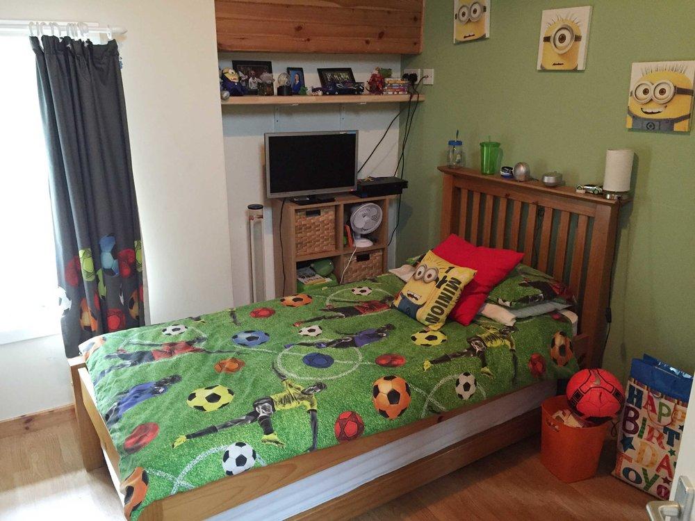 Bedroom2-opt.jpg