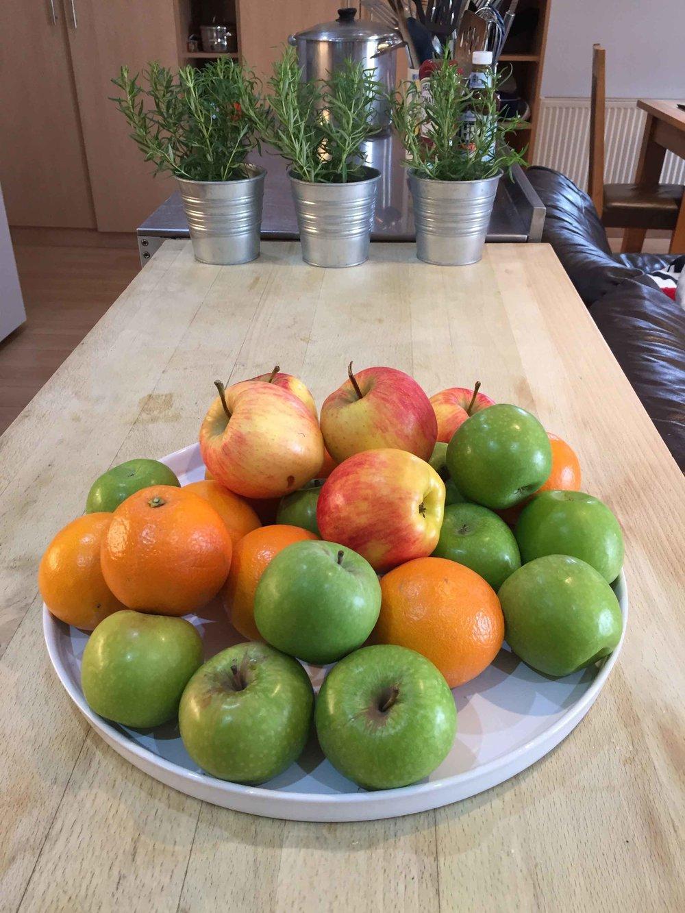 Bowl-of-fruit-opt.jpg