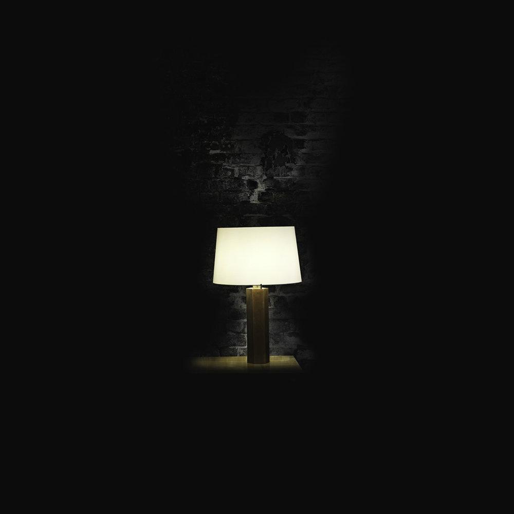 Lampe Fut  brut- noir3.jpg