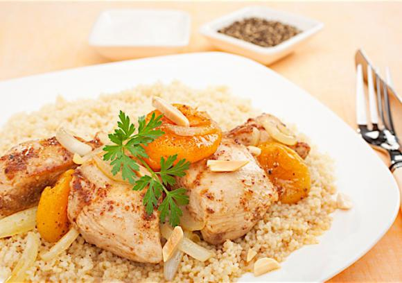 Moroccan_Chicken_and_Apricot_Tagine3_0.jpg