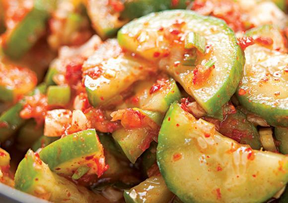 Quick_Cucumber_Kimchi1_0.jpg