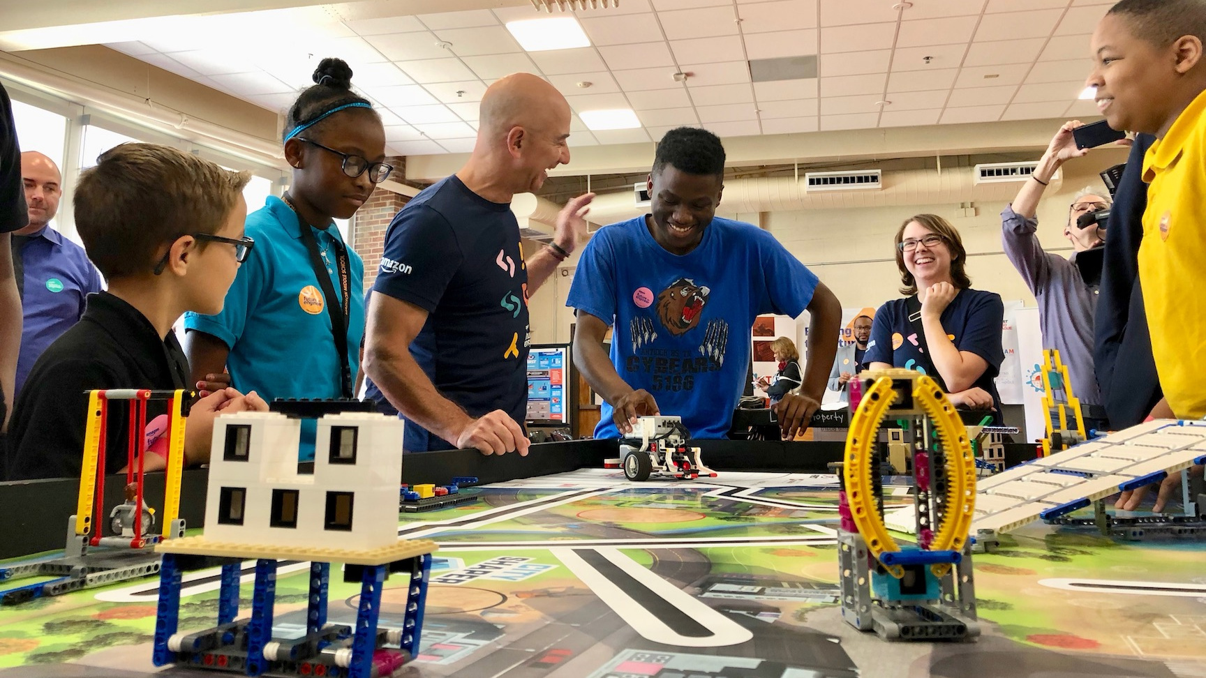 Amazon Founder Jeff Bezos visits MNPS for Future Engineer program launch