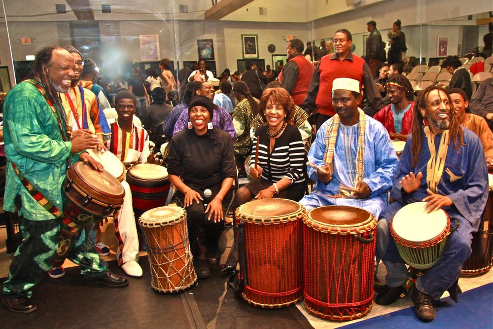 Maxine Waters joins the Pretend City Children's Museum Kwanzaa Festival.
