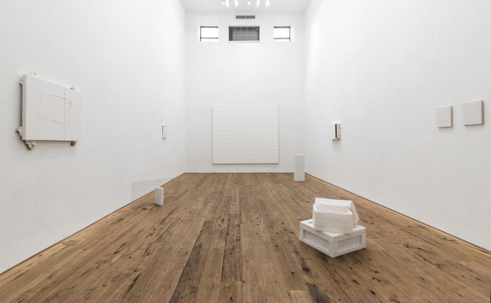 MARC-STRAUS-WHITE-HEAT-JUNE-2017-Installation-15.jpg