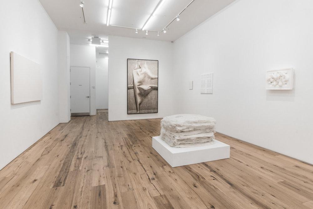 MARC-STRAUS-WHITE-HEAT-JUNE-2017-Installation-05.jpg