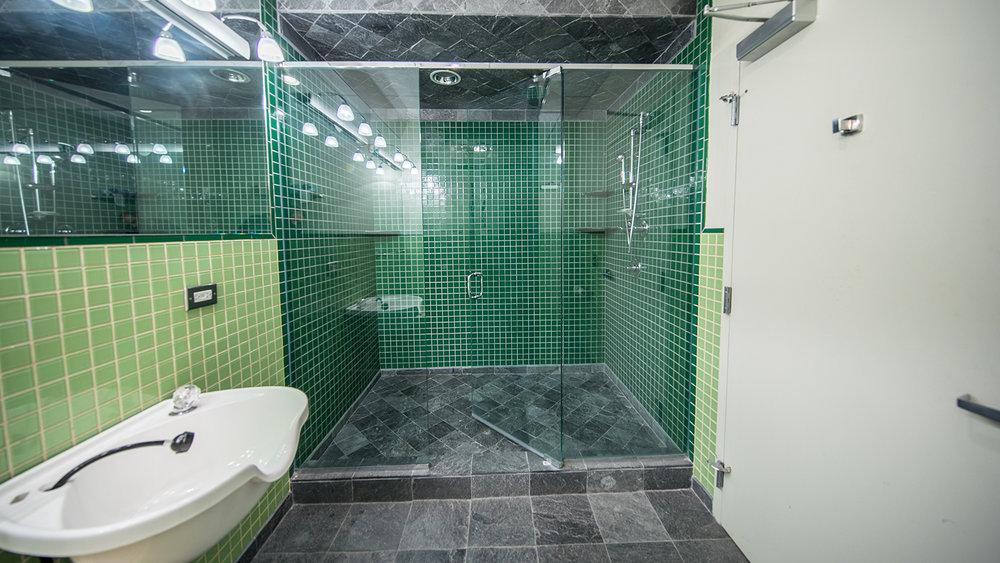 InsertStage_Bathroom.jpg