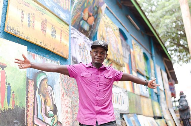 Into the world of a young Ugandan street painter lyrical Emcee 🎤 🎨 When I was born in Jinja it was a small town, now it's on the edge of becoming a city. #nostalgia #jinja #uganda🇺🇬 #uganda